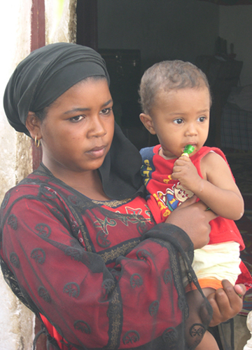 nubian-woman-with-child
